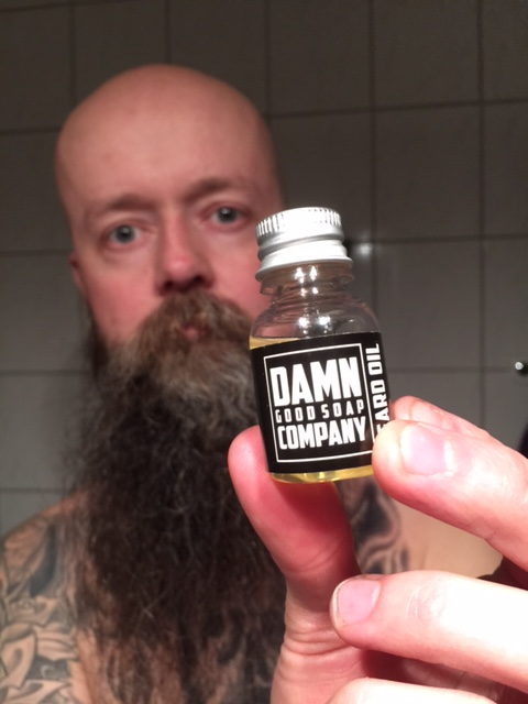 recension damn good soap skäggolja